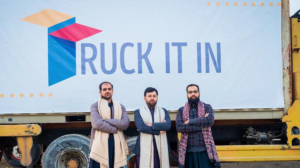Truck it in Logo